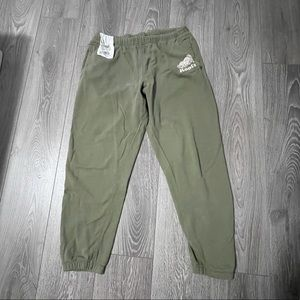 Army green Roots Sweat pants